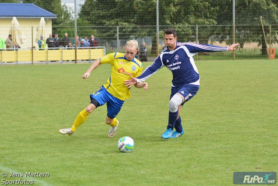 Philipp Schreiber im Derby gegen Schortewitz Saison 2015/16